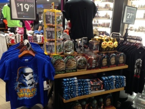 Star Wars at Hudson News in JFK Airport Thanksgiving weekend